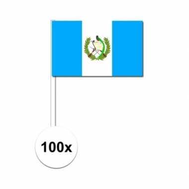 100x guatemalaanse fan/supporter vlaggetjes op stok