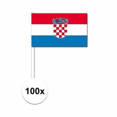 100x kroatische fan/supporter vlaggetjes op stok