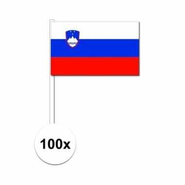 100x sloveense fan/supporter vlaggetjes op stok