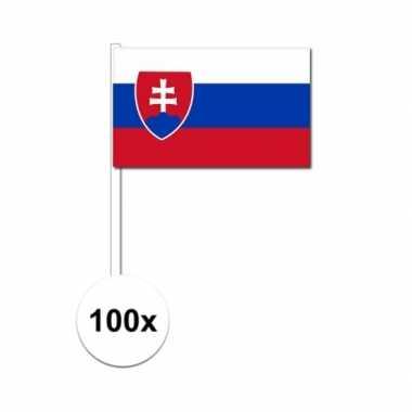 100x slowaakse fan/supporter vlaggetjes op stok
