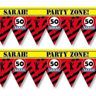 2 plastic markeerlinten vlaggetjes 50 sarah 12 meter feestartikelen