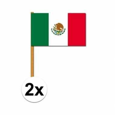 2x mexicaanse zwaaivlag