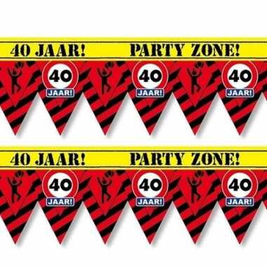 2x plastic markeerlinten vlaggetjes 40 jaar 12 meter feestartikelen