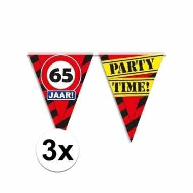 3x decoratie vlaggenlijn verkeersbord 65 jaar
