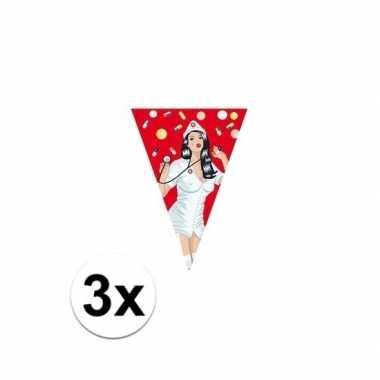 3x verpleegkundige vlaggenlijn zes meter