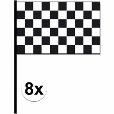 8x race circuit zwaaivlaggen