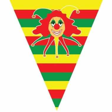 8x stuks carnaval thema vlaggenlijn slingers met clowntje