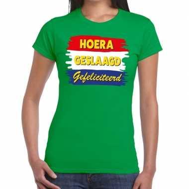 Hoera geslaagd gefeliciteerd t-shirt groene dames
