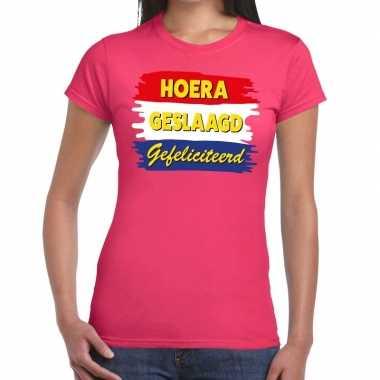 Hoera geslaagd gefeliciteerd t-shirt roze dames