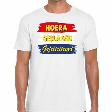 Hoera geslaagd gefeliciteerd t-shirt wit heren