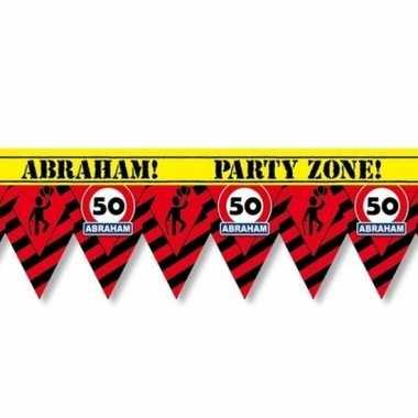 Plastic markeerlint vlaggetjes 50 abraham 12 meter feestartikelen
