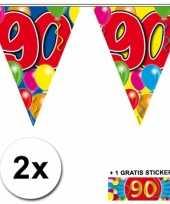 2 x leeftijd vlaggenlijnen 90 jaar met sticker
