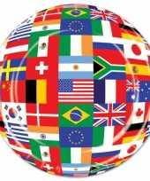 Party bordjes met wereld vlaggen