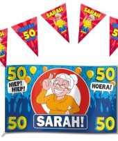 Set van 1x sarah 50 jaar gevelvlag 100 x 150 cm en 3x vlaggenlijnen 10 meter